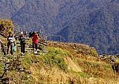 Ghandruk - Birethanti (1050 m) - Pokhara (900 m)